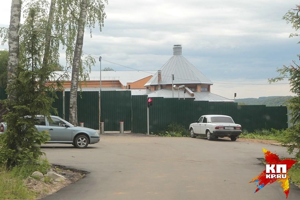 Заборы из профнастила в Новосибирске: Изготовление, установка