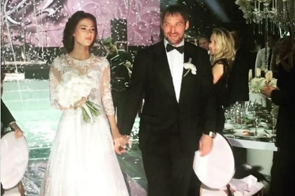Александр овечкин и анастасия шубская свадьба видео