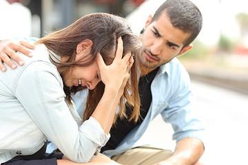 Застала с любовницей и подала на развод - а муж так и не понял, за что его выгнали