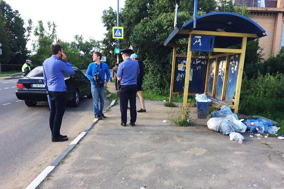 Оперативные службы провели патрулирование на девяти участках дорог, где ситуация с выбросом мусора на обочинах наиболее серьезная.