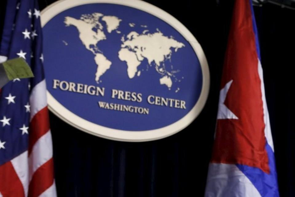 Ранее госдепартамент США выслал двух дипломатов из кубинского посольства в Вашингтоне