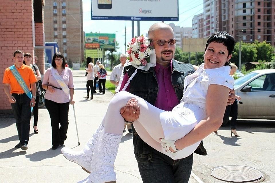 77a67d18f2b4 Самарчанка, прикованная к инвалидной коляске, вышла замуж, похудела на 25  кг и стала чемпионкой России по бодибилдингу