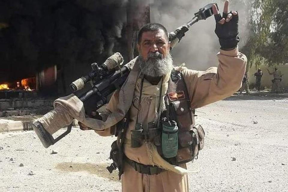 Фото снайпера Абу Тахсина ас-Салихи