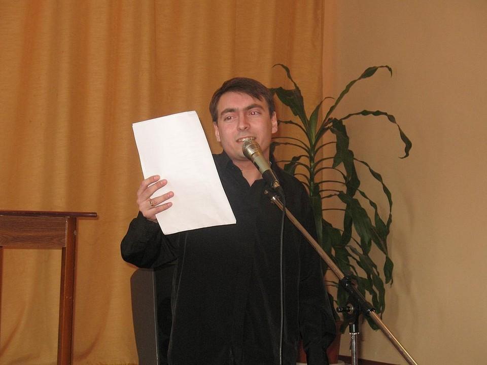 """""""Есть в этой истории и плюс, - признается Хомяков. – Вся эта боль вдохновляла меня на стихи"""""""