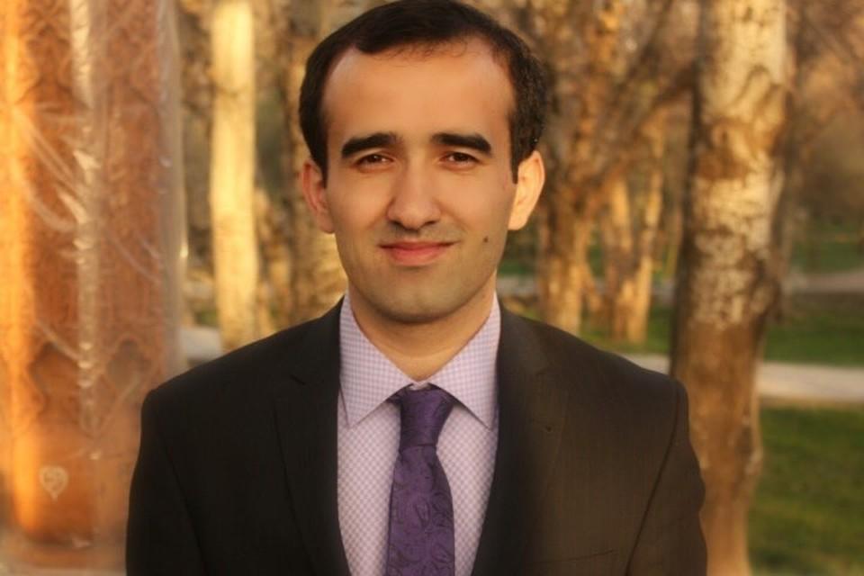 Первую помощь мужчине оказал участник Всемирного Фестиваля молодежи и студентов из Таджикистана Хайем Махмудов.