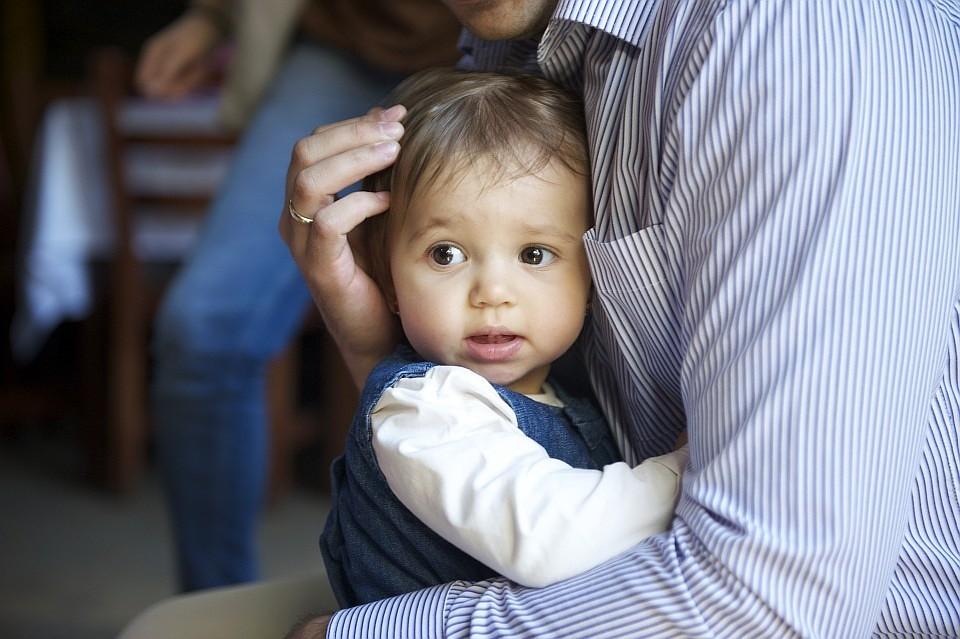 Надо ли ласкать член у малыша