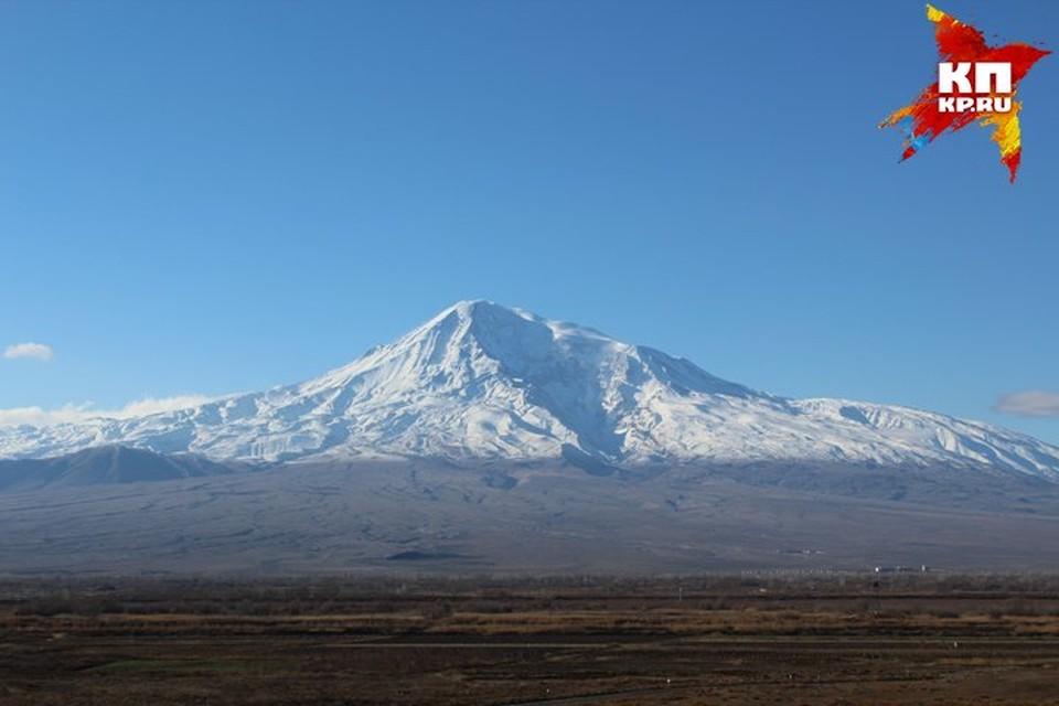 Высота горы - 5 165 метров.