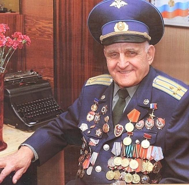 Герой России Иван Антонович Леонов отмечает 95-летие
