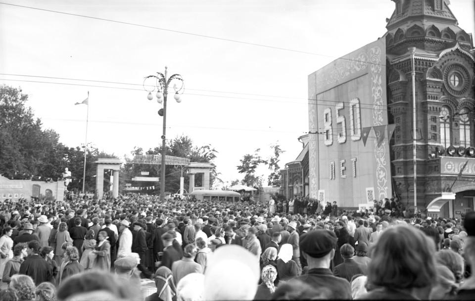 На юбилей собрался весь Владимир. 1958 год