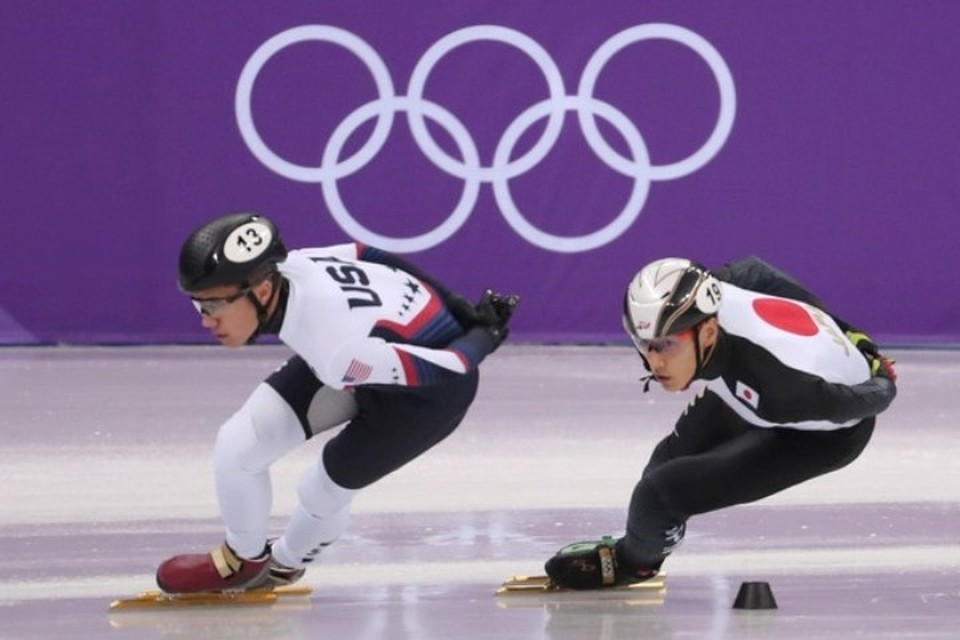 Конькобежец был запасным японской команды по шорт-треку в мужской эстафете на 5000 метров