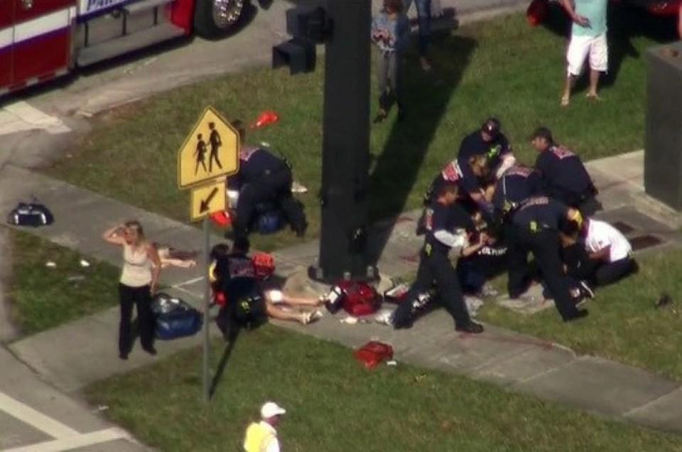 Стоп-кадр из видео трагедии в школе во Флориде.