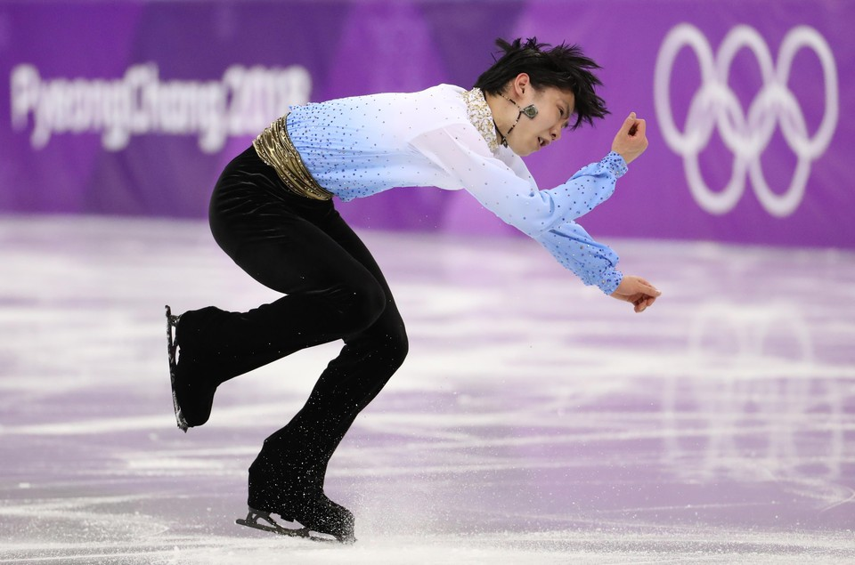 Юдзуру Ханю лидирует после короткой программы на Олимпиаде в Пхенчхане.