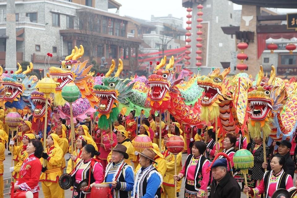 В Китае встретили новый год по лунному календарю
