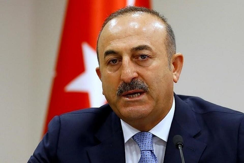 Глава МИДТурции: турецко-американские отношения находятся вточке разрыва