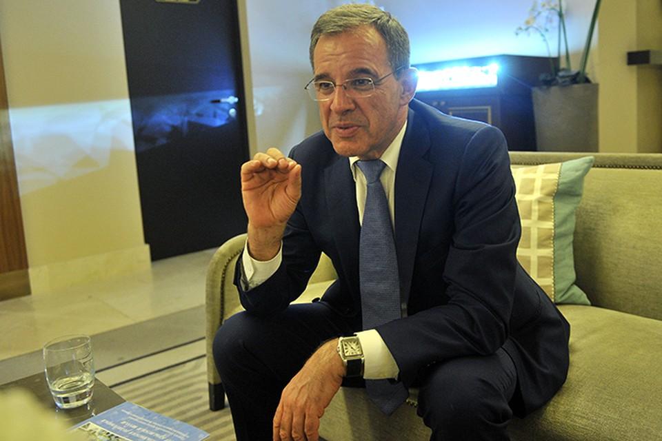 Мариани два года подряд ездил во главе делегации французских депутатов в Крым