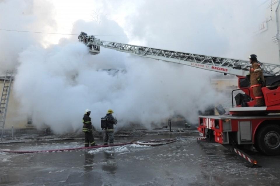 В Тюмени сгорел магазин детских товаров и игрушек