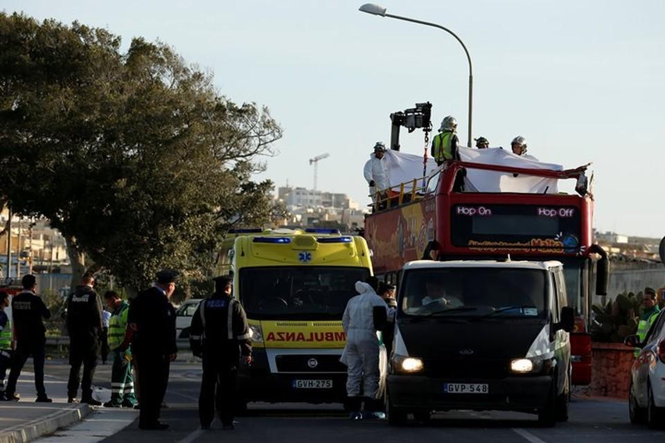 Два человека погибли в ДТП с двухэтажным туристическим автобусом на Мальте