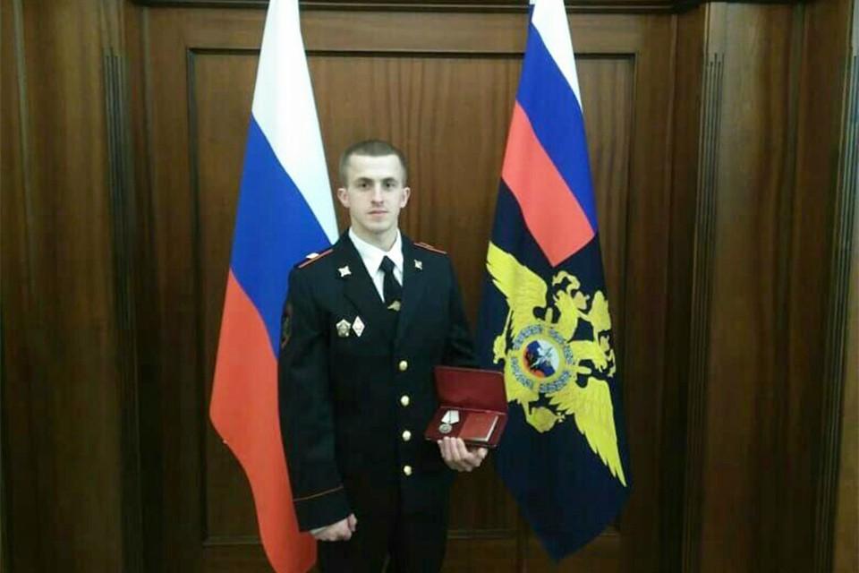 Иван Коковихин пять лет служит в полиции. Фото: предоставлено Кировским ЛО МВД России на транспорте