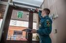 В школах, детских садах и торговых центрах Санкт-Петербурга оказались заблокированы пожарные выходы