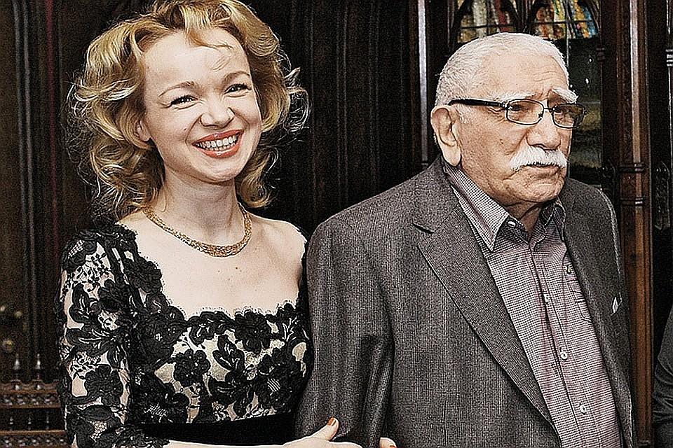 Виталина Цымбалюк-Романовская и Армен Джигарханян пробыли в браке всего лишь полтора года. Фото: Геннадий Калашников