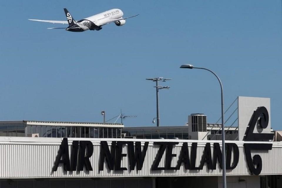 Военного атташе Новой Зеландии в США обвиняют в скрытой съемке в туалете