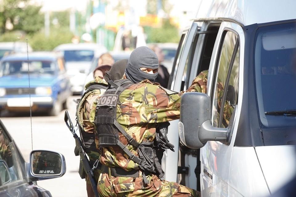 Сотрудники ФСБ России предотвратили теракты, планировавшиеся в нескольких городах России