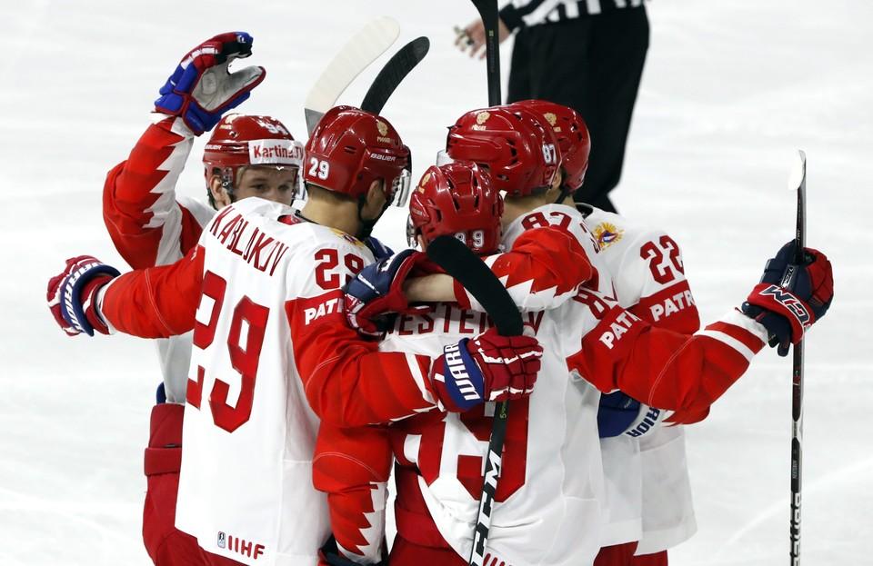 Хоккеисты сборной России 12 мая сыграют на ЧМ по хоккею против Швейцарии.
