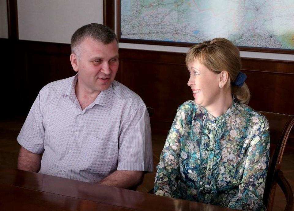 Наталья и Алексей Журовы на встрече с губернатором. Фото: tomsk.gov.ru