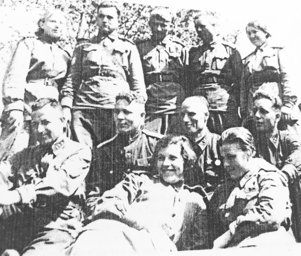 Медсанвзвод 32 танковой бригады. 1943 год. Фото: из фондов музея им. Лизы Чайкиной
