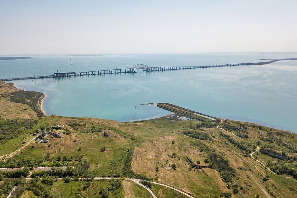 Картинки по запросу Подводная железная дорога на Сахалин — новый масштабный проект России