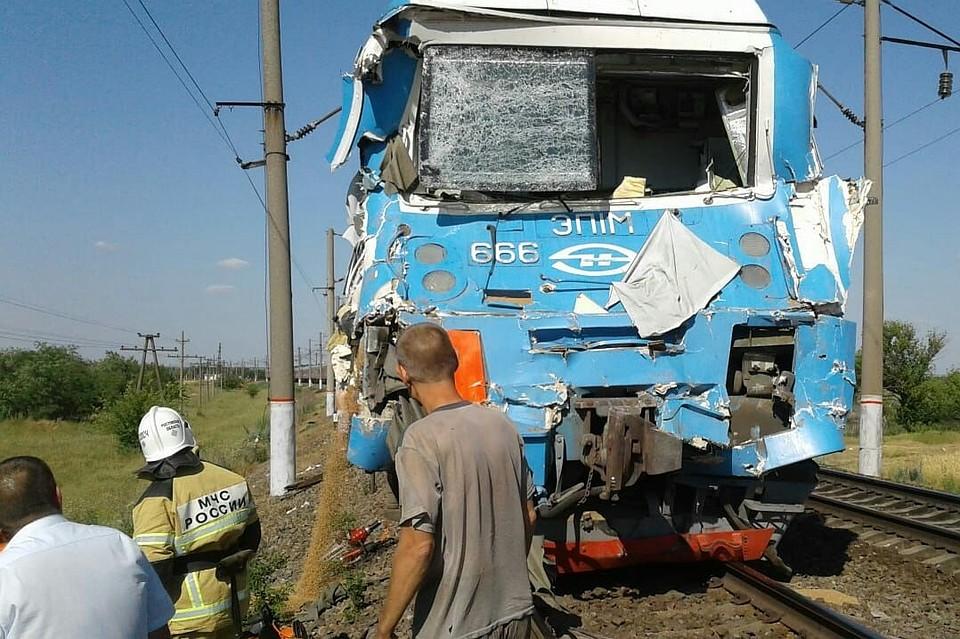 Авария на украине автобус попал под поезд