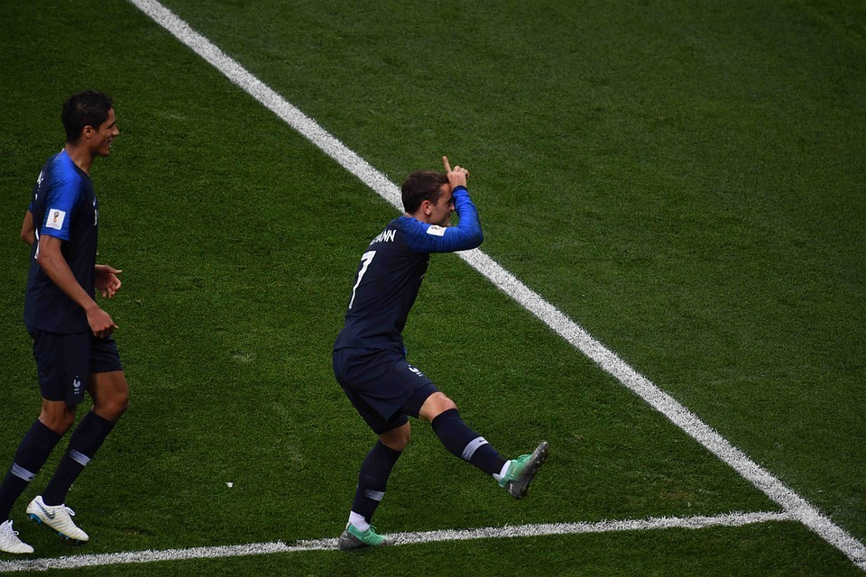 С помощью повторов было принято ключевое решение в этом матче - назначен пенальти в хорватские ворота