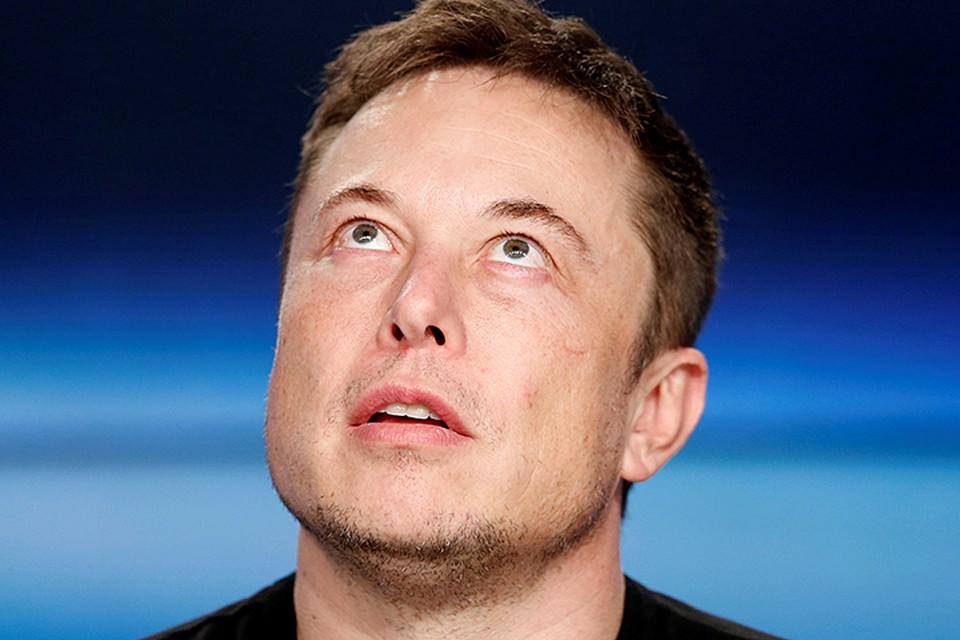 Инвесторы компании недовольны, что Маск отвлекается от бизнеса