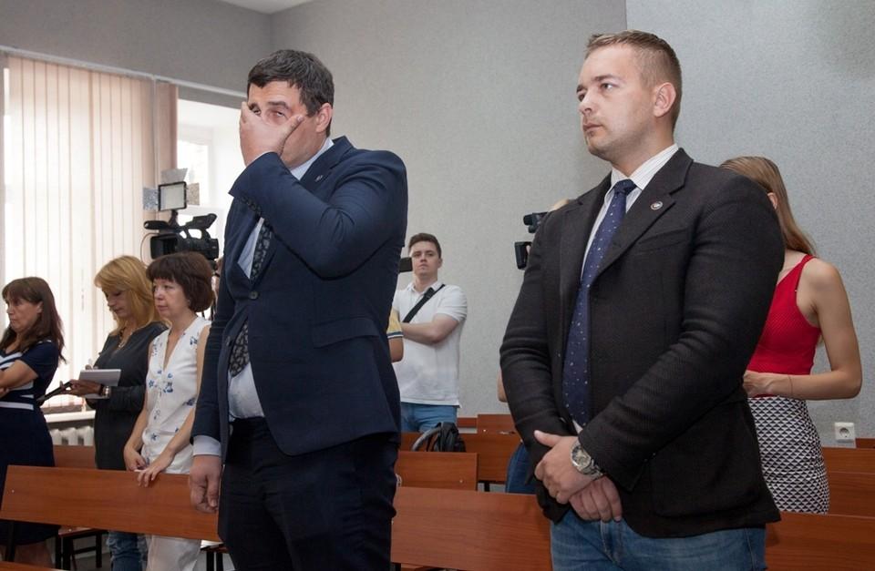 Александр Телепнев (слева) не ожидал реального наказания