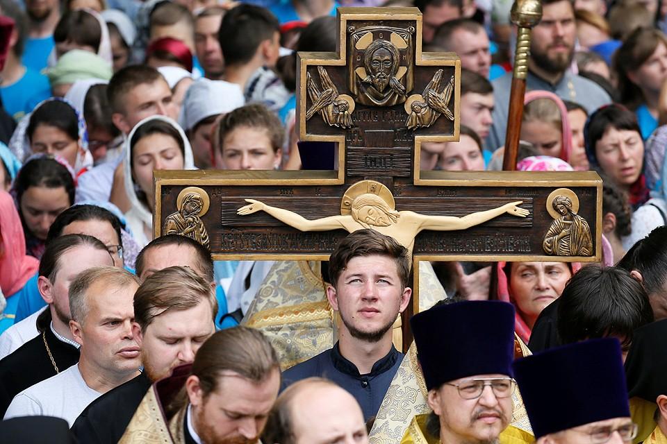 Праздник 1030-летия Крещения Руси собрал в Киеве десятки тысяч паломников.