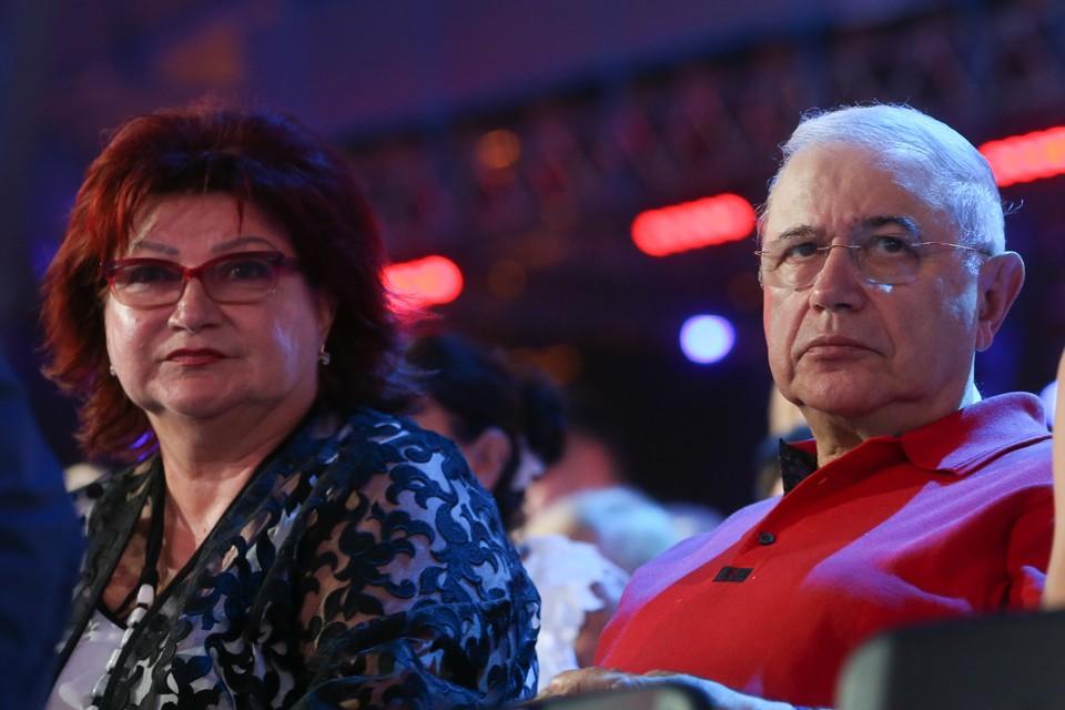 Петросян и Степаненко делят имущество. Фото: Вячеслав Прокофьев/ТАСС