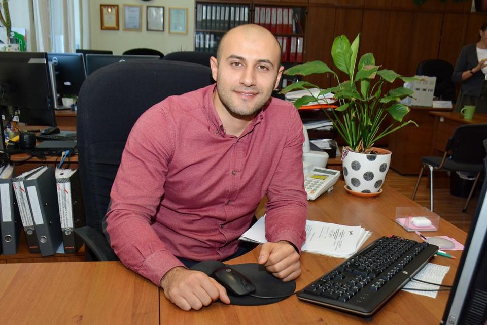 Кенан Абасов уверен: учеба после университета не заканчивается.