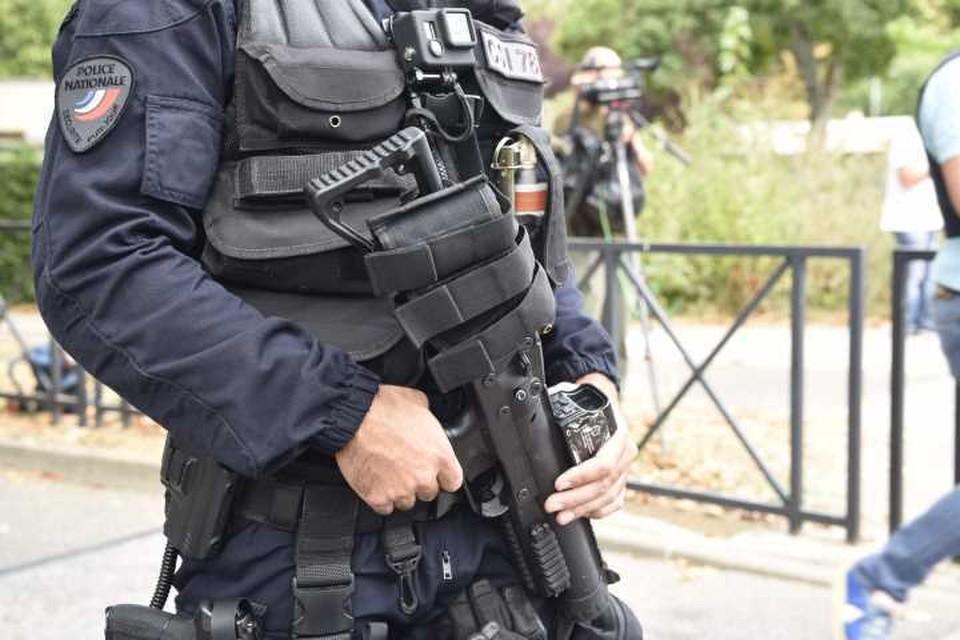 Два человека получили огнестрельные ранения в центре Парижа