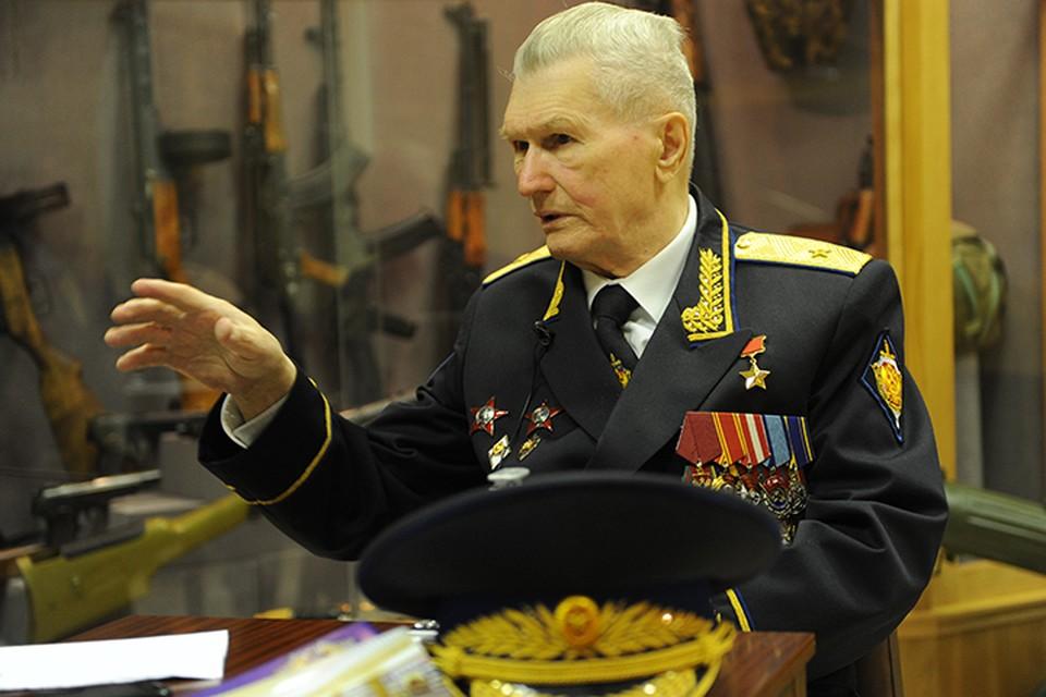 Генарал-майор в отставке, Герой Советского Союза, Геннадий Зайцев
