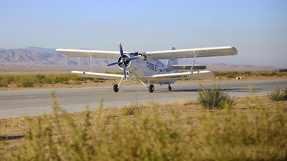"""Самолет получил название """"Фэйхун-98"""", что в переводе с китайского языка означает «Летящий лебедь»"""