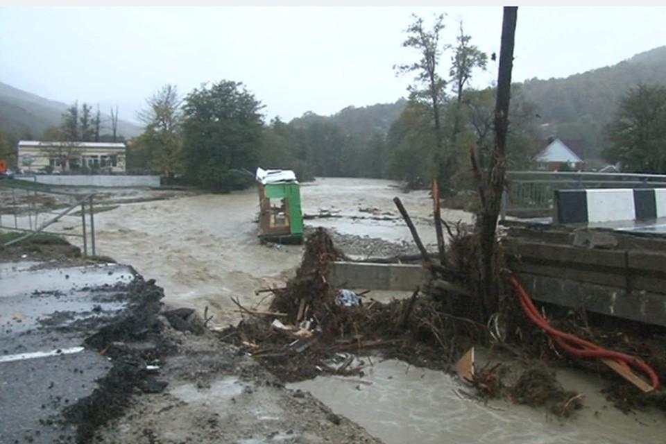 Наводнение в Краснодарском крае унесло жизни 6 человек