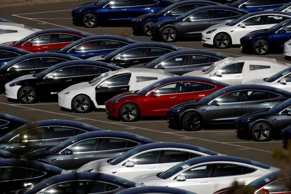 ФБР подозревает, что компания Tesla предоставляла своим инвесторам ложную информацию об объёмах выпуска новых электромобилей Model 3