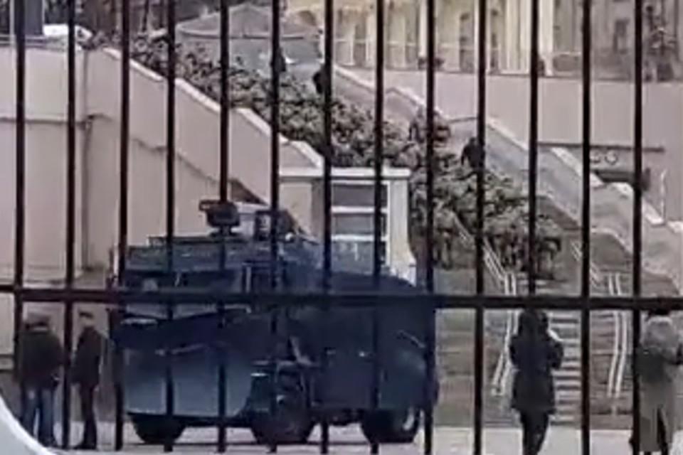 На футбольном матче в Минске впервые заметили бронетехнику с водометами. Фото: pressball.by.