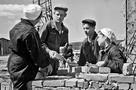 Комсомольские стройки нашей области: Здесь банкротили Форда, строили город-мечту и учили грамоте