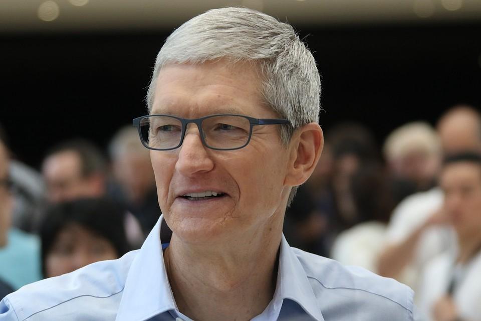 Глава корпорации Apple Тим Кук отнес Россию к слабым рынкам