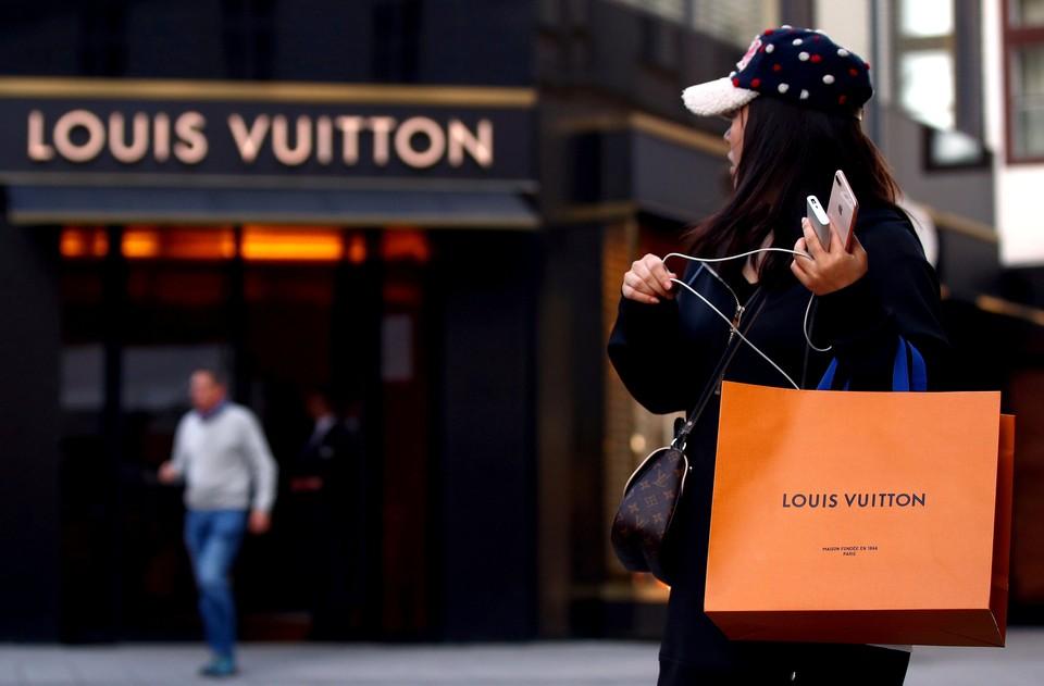 Умер сооснователь компании Louis Vuitton и Moet Hennessy