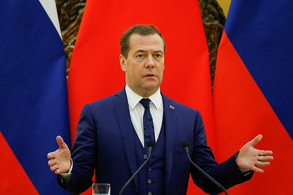 По словам Медведева, на переговорах с китайским руководством обсуждалась тема санкций и протекционизма