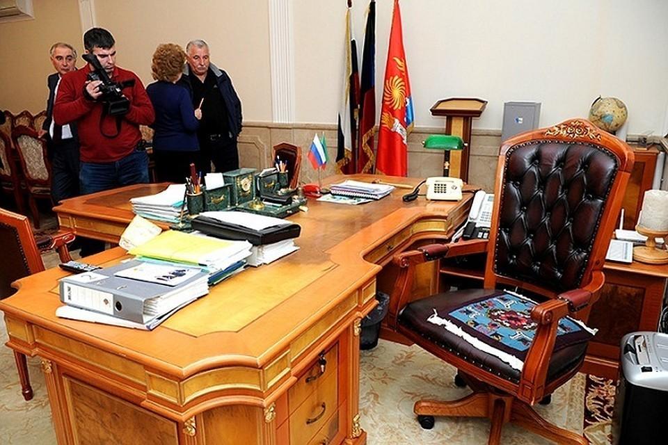 Кресло мэра Махачкалы вновь опустело. Фото: СУ СКР по Дагестану