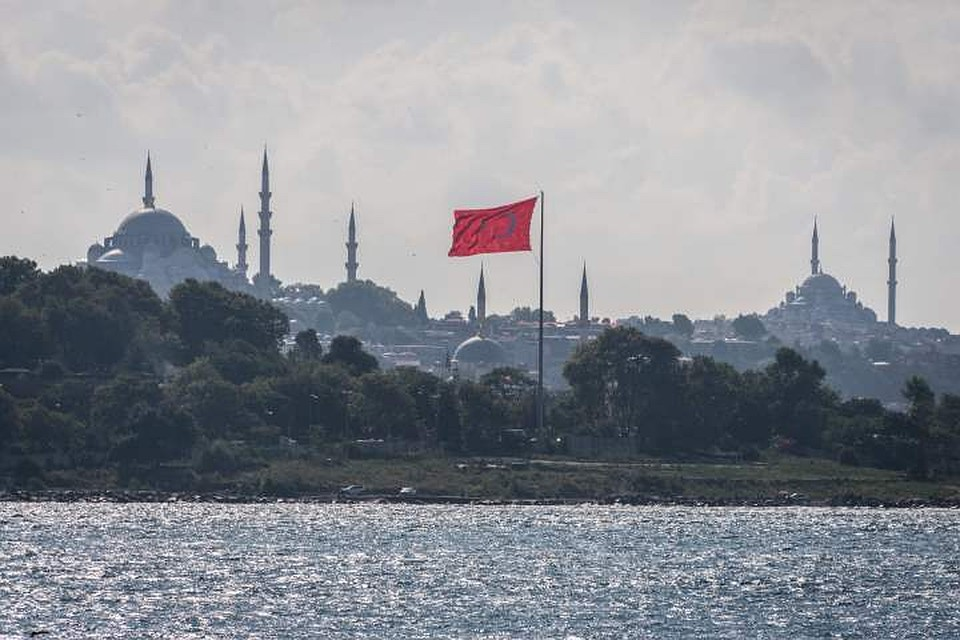21:30Российский экипаж задержанного в Стамбуле судна решил объявить голодовку