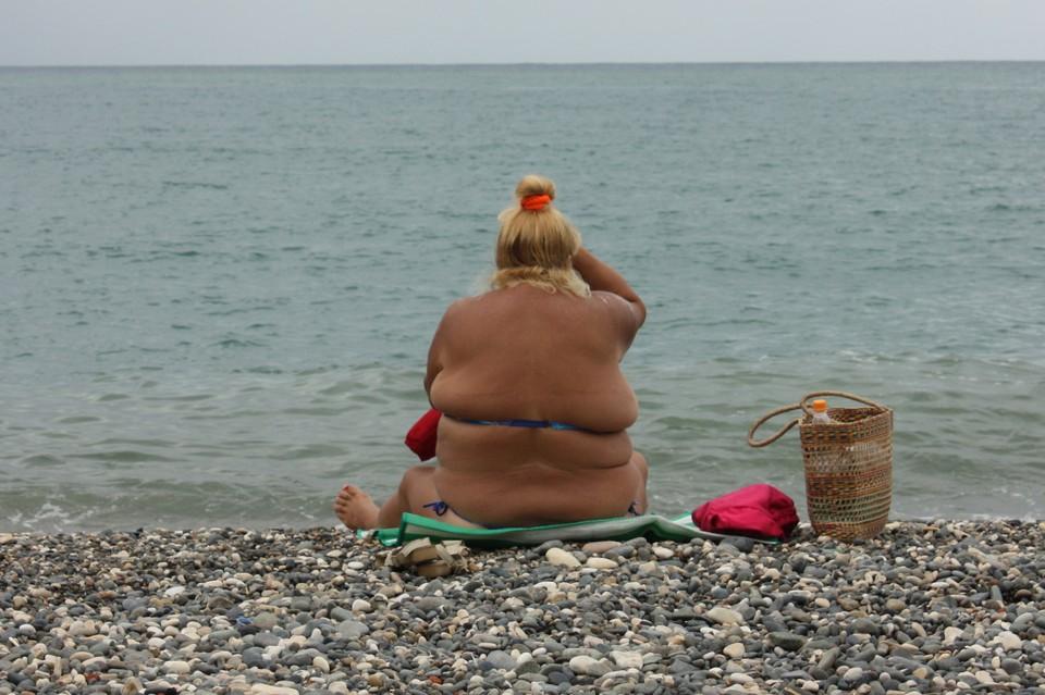 Около 14% мужчин и 26% женщин в России страдают ожирением
